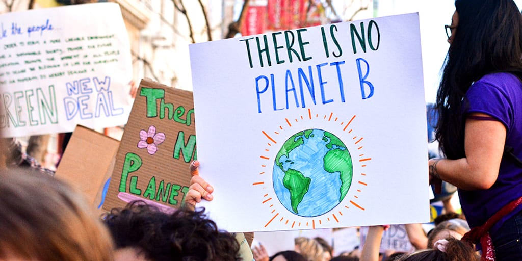 85% Britons Fear Climate Change Effects