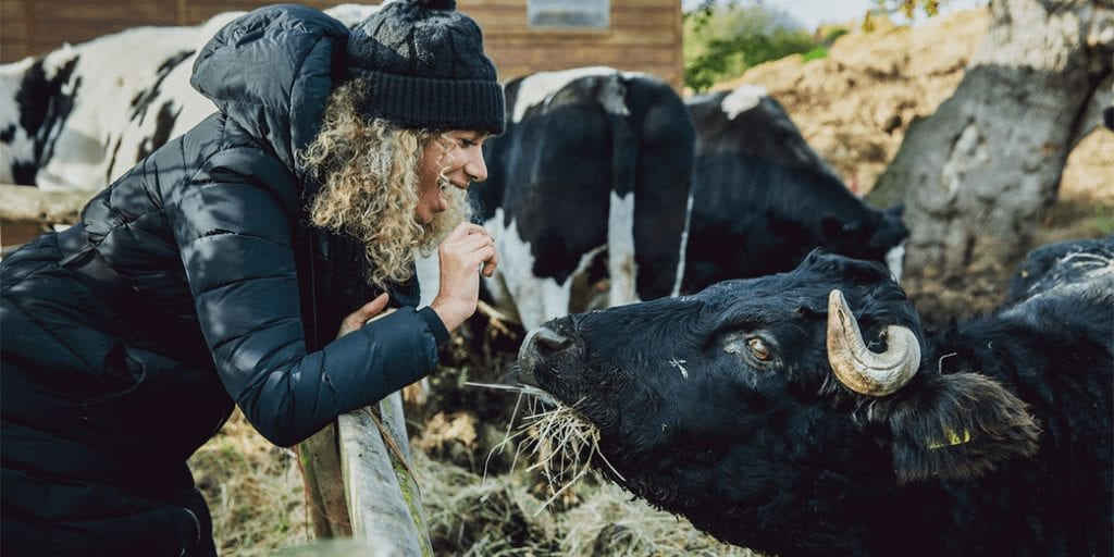 Singer-Leona-Lewis-teams-up-with-animal-rights-group-to-promote-veganism
